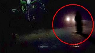 Real Ghost Caught on Camera on Road | Scary Videos | Ghost Trying To Attack | Scary Ghost Sighting