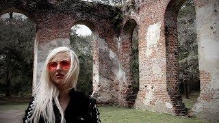 I went inside a burned down Church from the 1700s.. (VERY HAUNTED!)