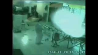 Fantasma captado por camara de seguridad