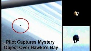 Pilot Captures Mystery Object Over  Hawke's Bay, New Zealand