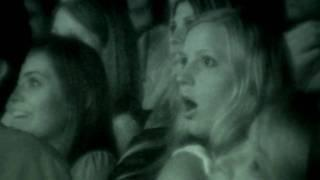 PARANORMAL ACTIVITY - Bande annonce - VOST