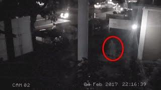 Paranormal Activity Caught on Cctv Camera !! Scary Videos