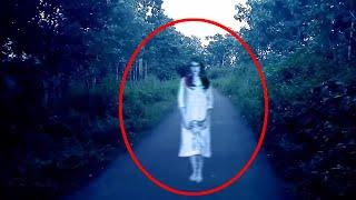 Ghost Howling In Middle Of The Road Caught On Camera!! Ghost Video Compilation!