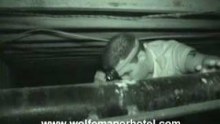 Clovis Wolfe Manor - Rex Williams in the crawlspace (Part 1)