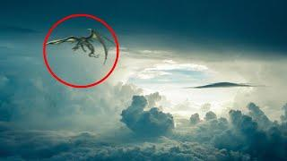Giant Flying Alien Sighting Footage ! Alien Creature Caught on Tape 2017