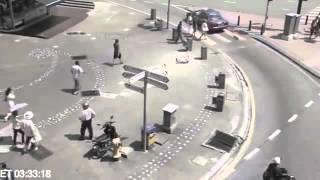 Kejadian aneh terakam oleh CCTV !!! di Malaysia..