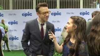Carly como repórter no lançamento do filme Epic